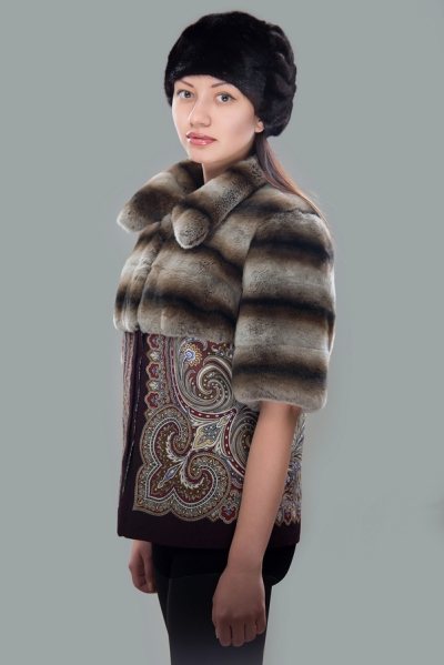 Coat with two different fur